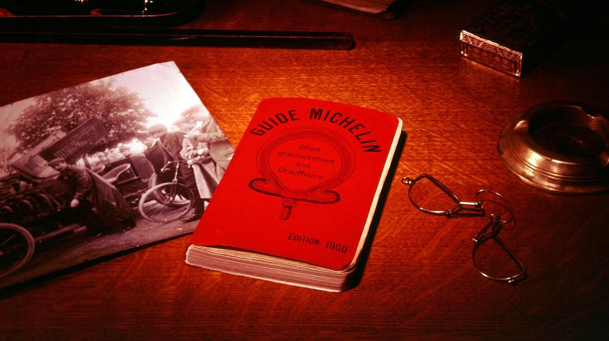 1900-Premier-Guide-rouge-MICHELIN-min